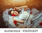 Lies A Sleeping Beauty In A...