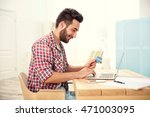 man using credit card and... | Shutterstock . vector #471003095
