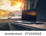 working while traveling. laptop ... | Shutterstock . vector #471343565