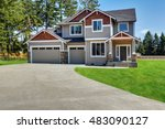 classic large craftsman... | Shutterstock . vector #483090127
