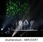 Постер, плакат: The Backstreet Boys perform
