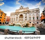 Beautiful Fountain De Trevi In...