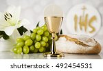 holy communion a golden chalice ... | Shutterstock . vector #492454531