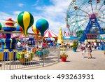 new york usa   august 18 2016   ... | Shutterstock . vector #493263931