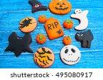 halloween homemade gingerbread... | Shutterstock . vector #495080917