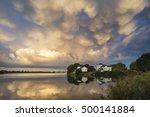 Stunning Mammatus Clouds...