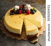 Homemade New York Cheesecake O...