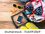 clothing traveler's   wallet
