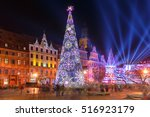 Christmas Tree And Light Laser...