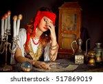 Gypsy Fortune Teller Wonders O...