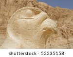 """The artful ancient hawk at the temple """"Hatschepsut"""" in Egypt - stock photo"""
