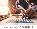 business team meeting present... | Shutterstock . vector #524528119