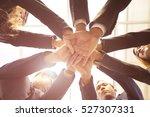 Circle People Hand Assemble...