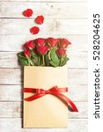 love or valentine's day concept.... | Shutterstock . vector #528204625