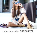 funny stylish sexy smiling... | Shutterstock . vector #530243677