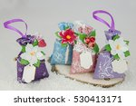 Gift Bags With Flowers And Fir...