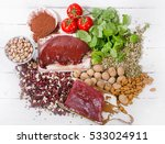 foods containing iron. healthy... | Shutterstock . vector #533024911