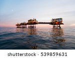silhouette of offshore oil... | Shutterstock . vector #539859631