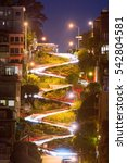 lombard street distance view... | Shutterstock . vector #542804581