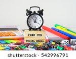 time for social media | Shutterstock . vector #542996791