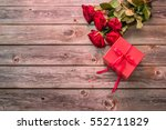 red gift box with bow and...   Shutterstock . vector #552711829