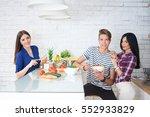 young people preparing healthy... | Shutterstock . vector #552933829