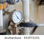 pressure gauge in oil and gas... | Shutterstock . vector #552972151