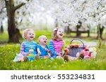 little children eating lunch... | Shutterstock . vector #553234831