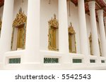 buddhist temple in bangkok ... | Shutterstock . vector #5542543