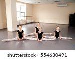 dance coach  kids  stretching ... | Shutterstock . vector #554630491