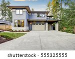 luxurious new construction home ... | Shutterstock . vector #555325555