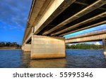 kings avenue bridge in canberra ...