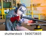 welder industrial automotive... | Shutterstock . vector #560073835