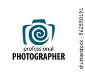 logo camera the photographer   Shutterstock .eps vector #562550191