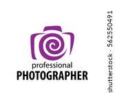 logo camera the photographer   Shutterstock .eps vector #562550491