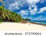 Paradis Tropical Beach.
