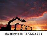 industry 4.0 concept of team... | Shutterstock . vector #573216991