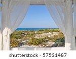 Look Through Beach House Windo...