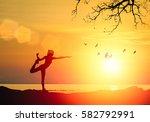 silhouette of fitness athlete...   Shutterstock . vector #582792991