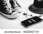 essential travel accessories ... | Shutterstock . vector #582830719