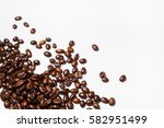 roasted coffee beans isolated... | Shutterstock . vector #582951499