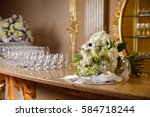 Small photo of large bouquet de?oration flower arrangement on the bar with white flowers