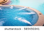 Outdoor Jacuzzi Pool With Fres...
