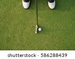 pro golfer short putting golf... | Shutterstock . vector #586288439