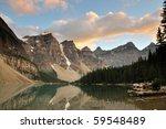 Moraine Lake Sunset  Banff...
