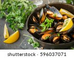 Mussels In Wine With Parsley...