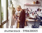 fashion designer measuring size