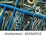 organizer for metalware