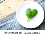 Fresh Baby Spinach Heart Shape...