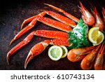 Crab Legs With Lemon And Shrimps
